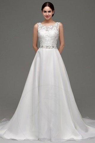 c0c63b0996cd Il bianco è tradizionalmente un colore da sposa