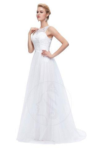 67090853f49b 9 consigli pratici per risparmiare denaro sul tuo abito da sposa