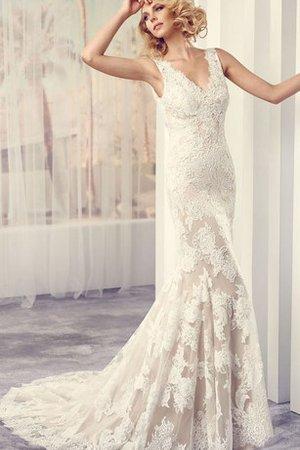 48cf0e2e0cbc Se vuoi un abito da sposa che non si adatta a un cliché