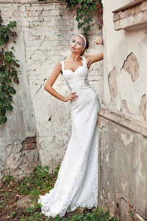 eb8e803d0e3d Prima di scegliere un abito da sposa bianco leggi questo articolo