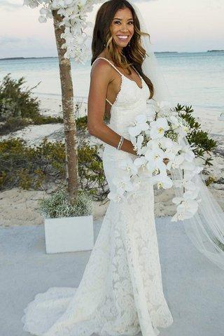 pretty nice c07fd 08a6b Il tuo abito da sposa in spiaggia - sarai rovinato per la ...